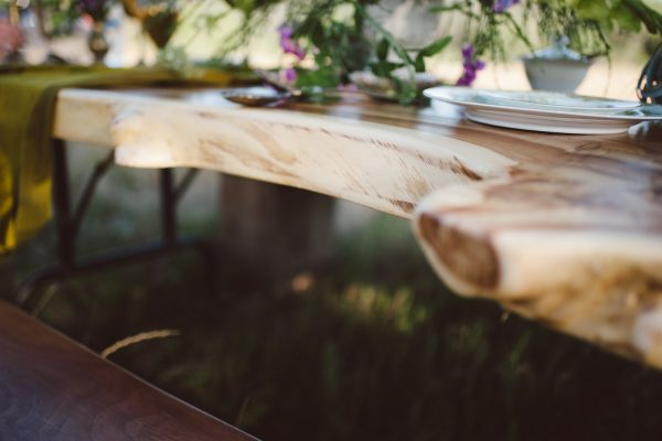 live-edge-table-rentals4