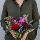 handheld-small-arrangement-valentines-day