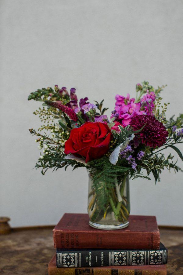 small-valentines-day-arrangement